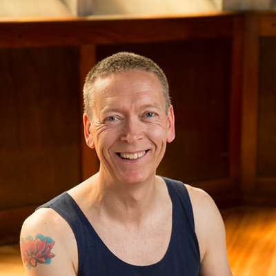 teachers-graeme-luna-yoga-home