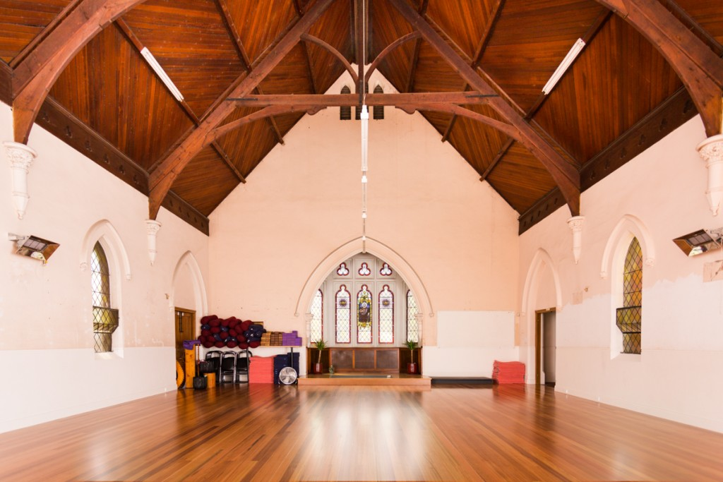 Luna Yoga Interior
