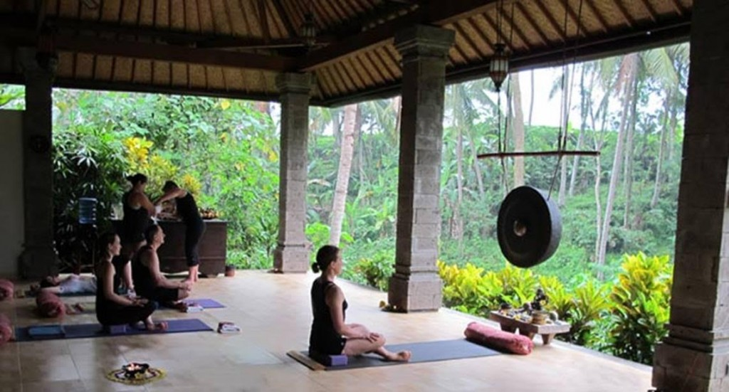 Luna Yoga - Bali Header